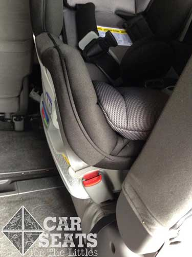 A final look at that overhang shows that it's not possible to get two Britax ClickTight convertible seats next to each other.  At least not in this vehicle!